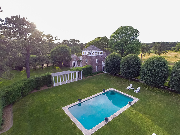 400 Hands Creek, East Hampton - Swimming Pool